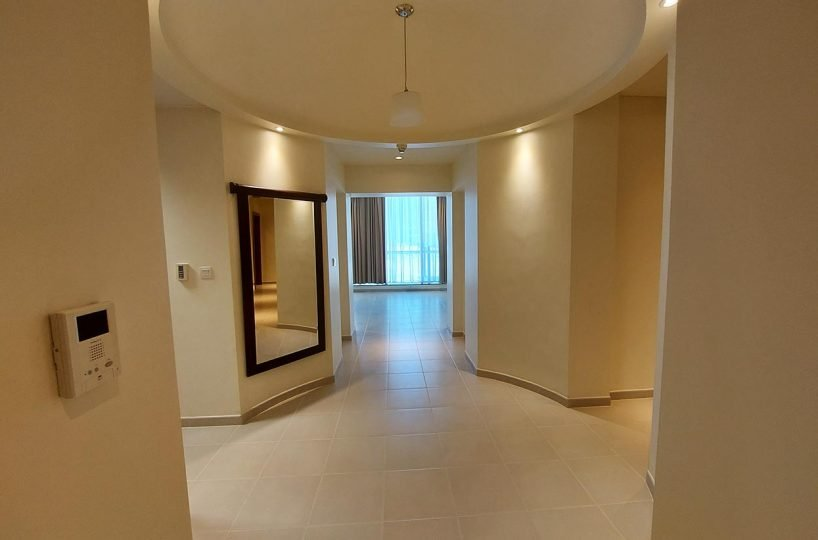 2 Bedrooms Apartment for rent in West Bay