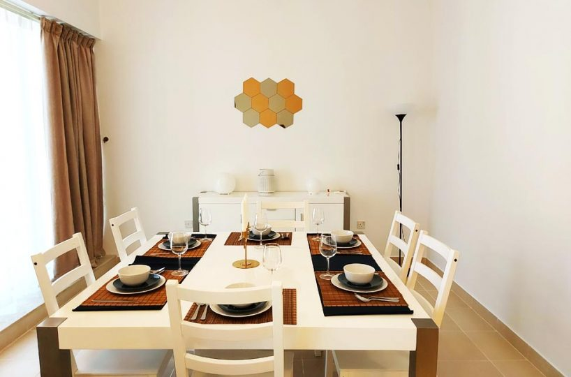 Furnished apartment for rent in West Bay