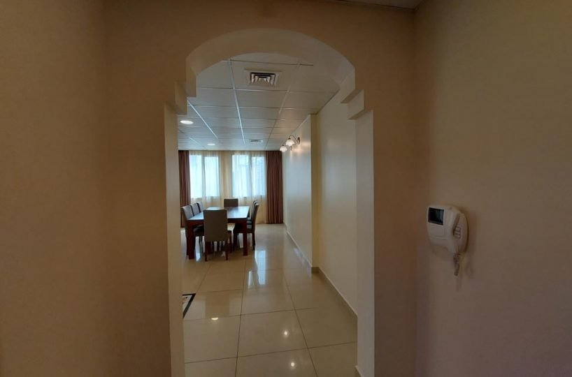 Apartment for rent in West Bay